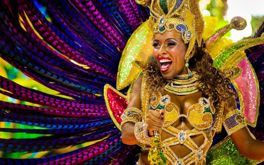 Rio-Carnival-Alamy-D2B6E0-edited-1680x1050.jpg