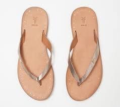 thong sandals.jpg